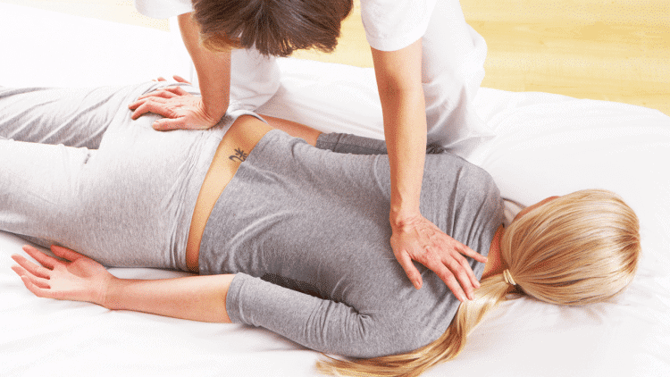 Massagem Shiatsu - Clínica Médica do Porto