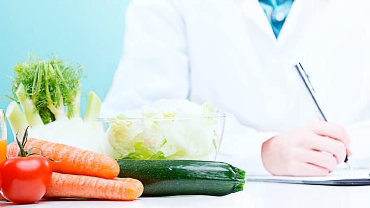 Consulta de Aconselhamento Nutricional em Oncologia da Clínica Médica do Porto